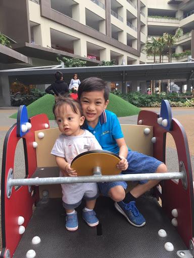 Kim Barloso sons Karl and Kyle